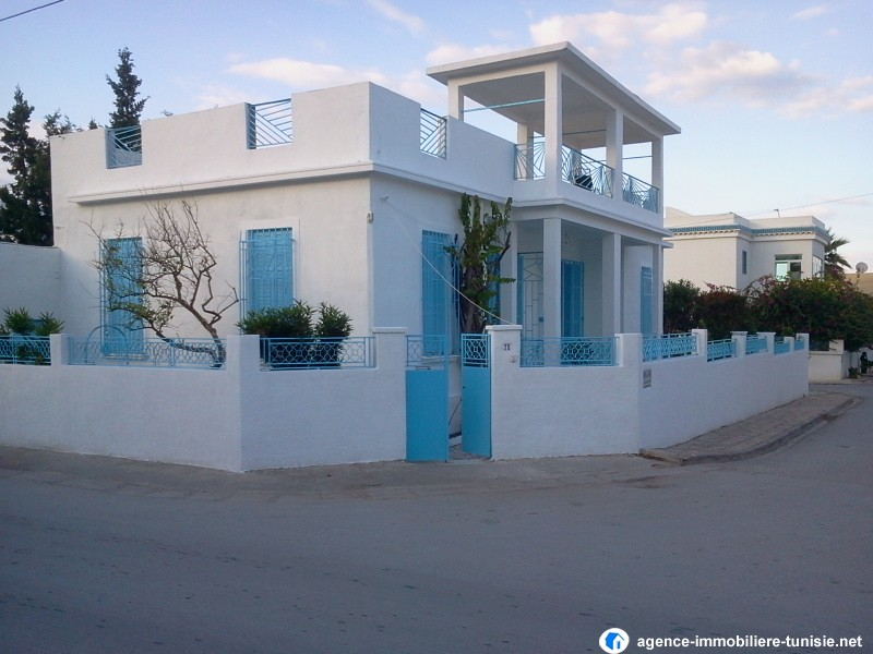 Tunis vente achat location appartement terrain maison villa for Achat maison en tunisie